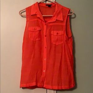 Sleeveless orange/coral top